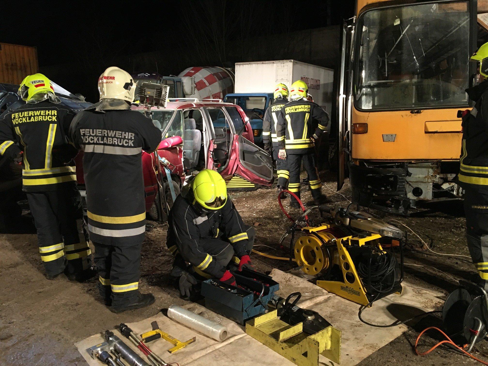 uebungvu 120318 3 - Monatsübung Verkehrsunfall
