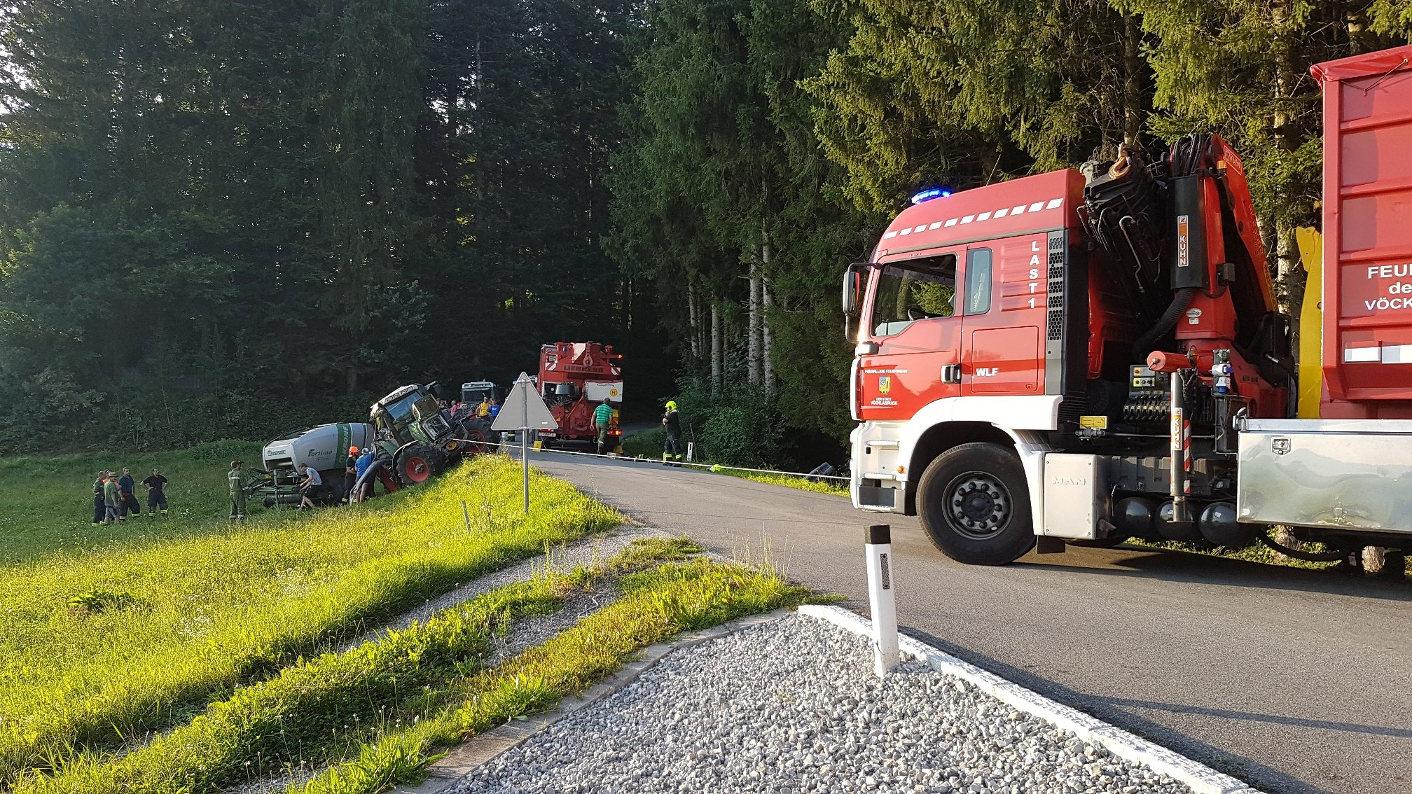 kranpfaffing280819 1 - Traktorbergung Pfaffing